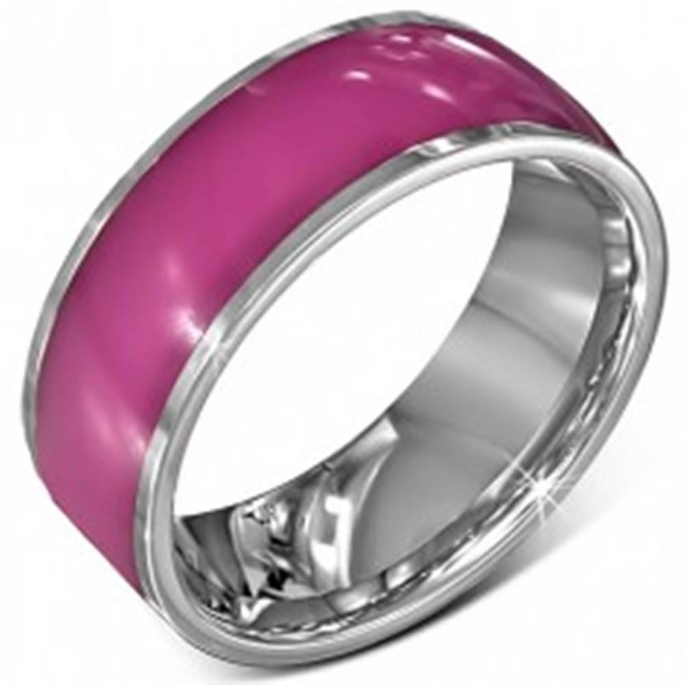 Šperky eshop Oceľová obrúčka - lesklá ružová s okrajmi striebornej farby, 8 mm - Veľkosť: 52 mm