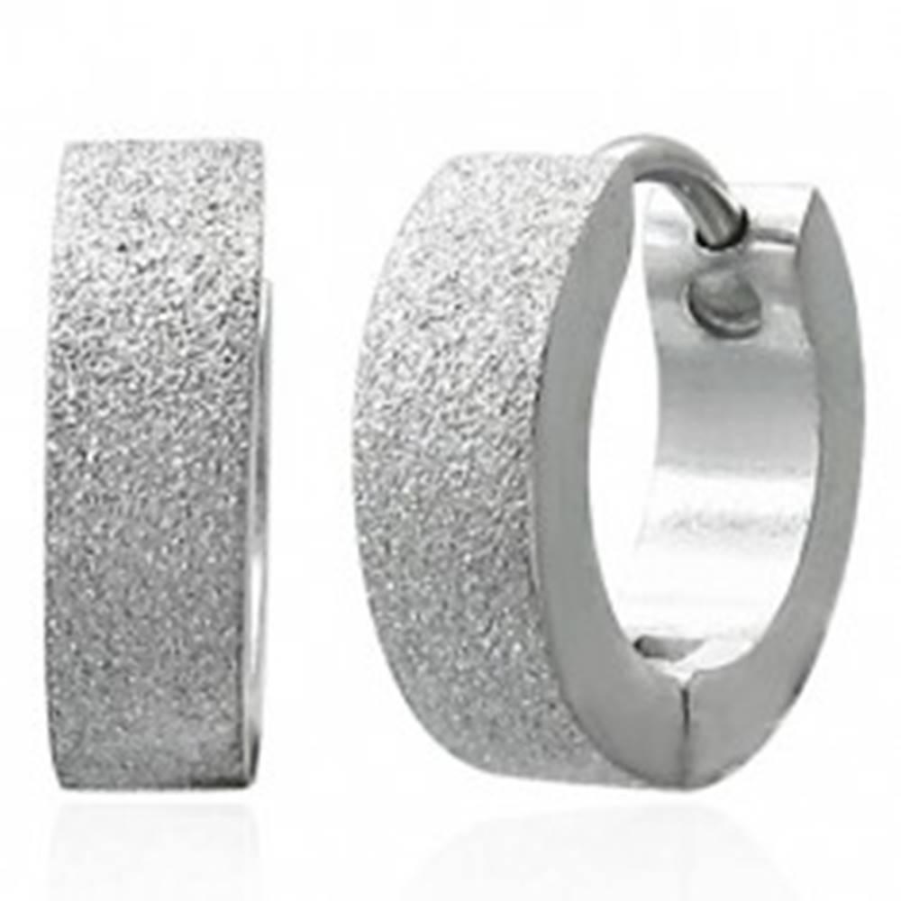 Šperky eshop Pieskované lesklé náušnice z chirurgickej ocele, strieborná farba