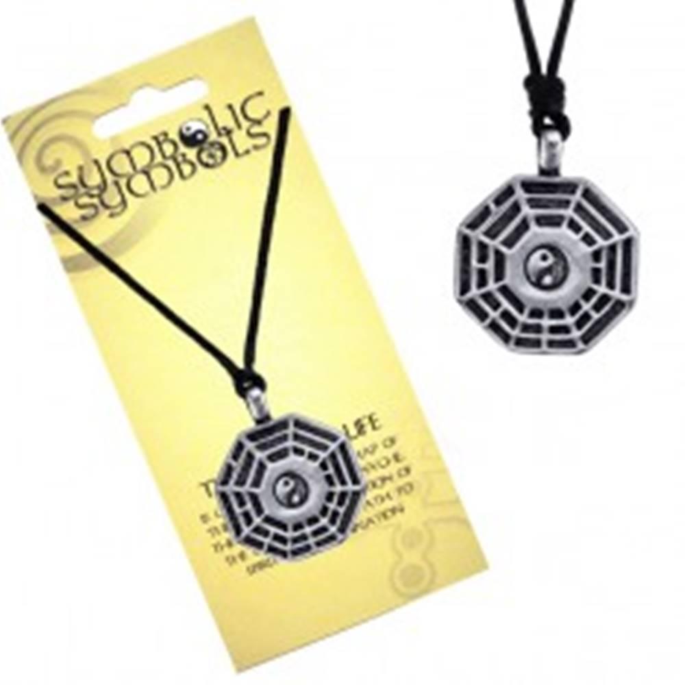 Šperky eshop Šnúrkový náhrdelník - kovový prívesok, trigramy a Jin Jang