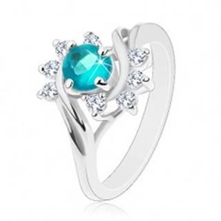 Lesklý prsteň v striebornej farbe, modrý okrúhly zirkón, číre oblúčiky - Veľkosť: 49 mm
