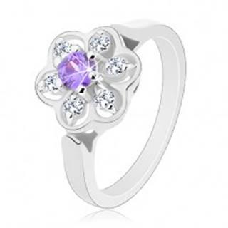 Ligotavý prsteň v striebornom odtieni, fialovo-číry zirkónový kvietok - Veľkosť: 56 mm