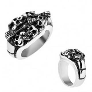 Patinovaný prsteň z ocele 316L, strieborná farba, vypuklé lebky a kosti - Veľkosť: 56 mm