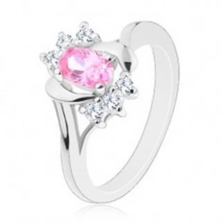 Prsteň striebornej farby, veľký ružový ovál, hladké a zirkónové oblúky - Veľkosť: 50 mm