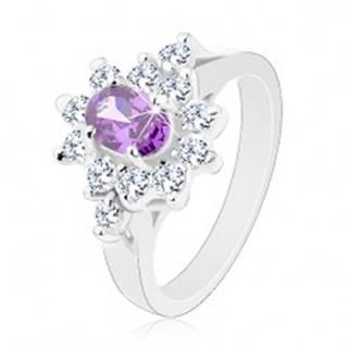 Prsteň v striebornom odtieni, fialový oválny zirkón s čírou obrubou - Veľkosť: 49 mm
