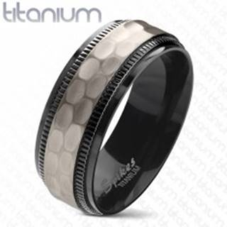 Titánová obrúčka, čierne vrúbkované okraje, brúsený matný stredový pás, 8 mm - Veľkosť: 60 mm