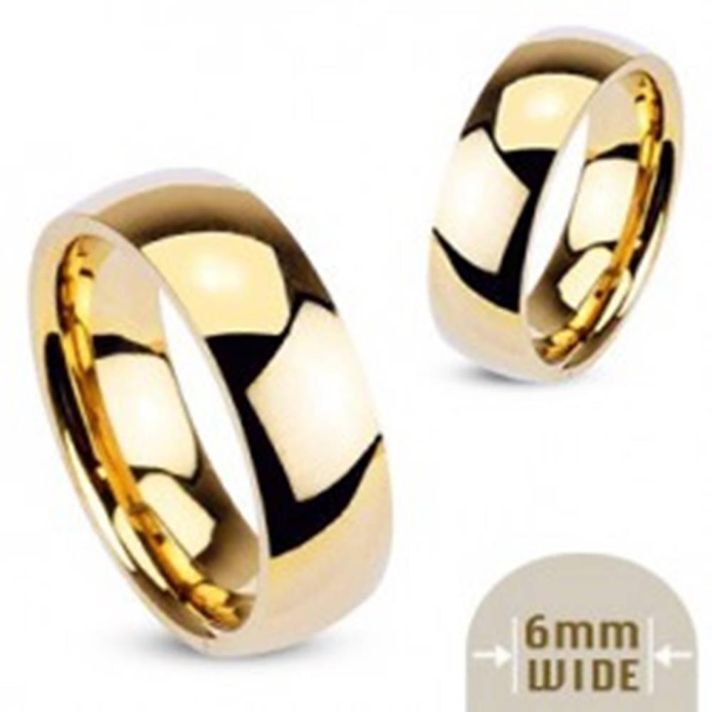 Šperky eshop Hladká oceľová obrúčka v zlatej farbe - 6 mm - Veľkosť: 49 mm