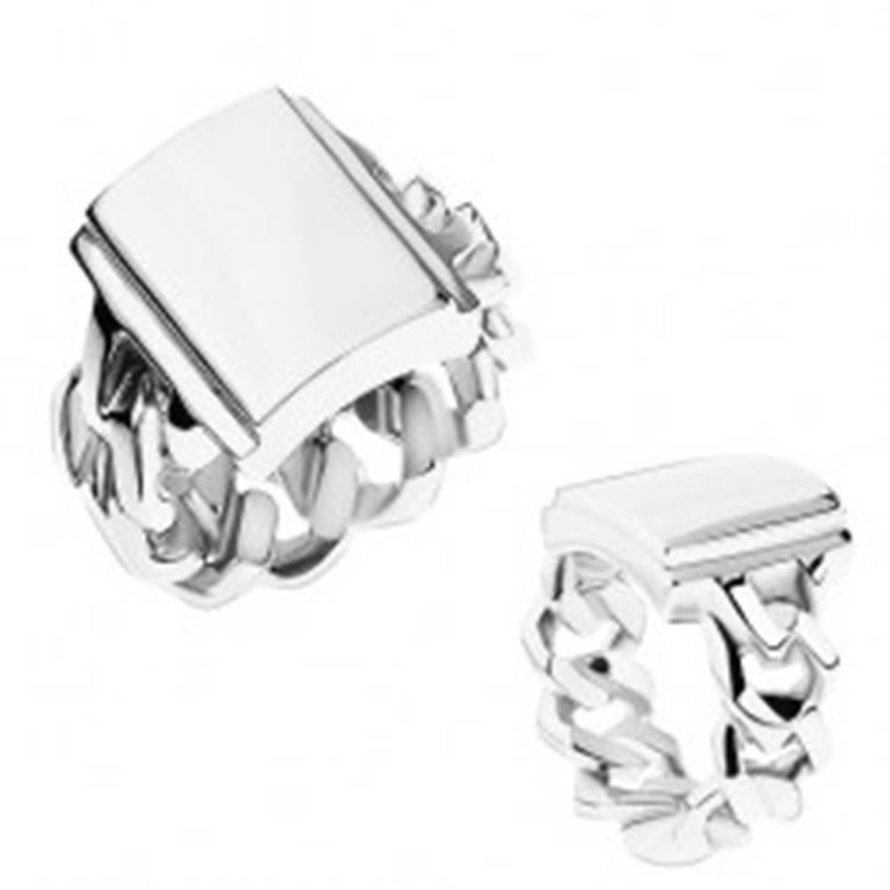 Šperky eshop Prsteň z ocele, strieborná farba, ramená s očkami, zrkadlovolesklý obdĺžnik - Veľkosť: 55 mm