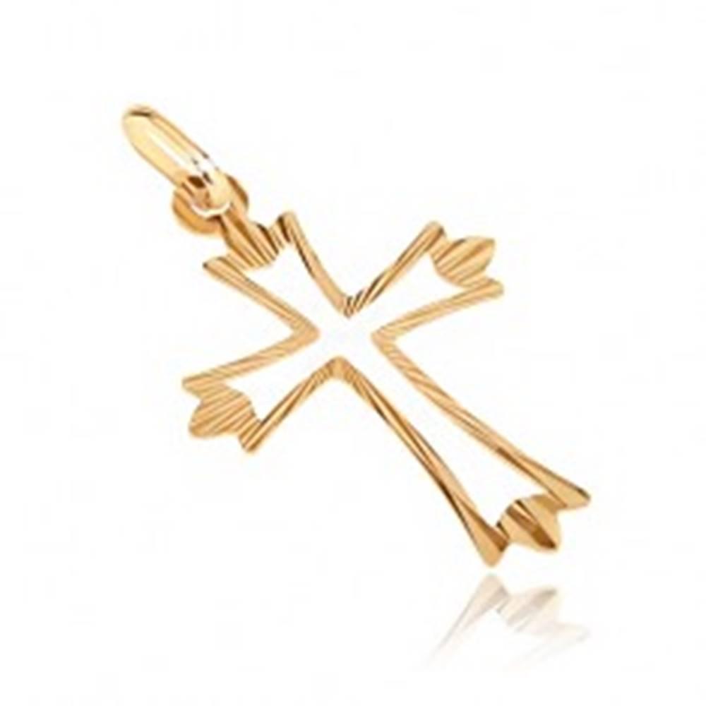 Šperky eshop Zlatý prívesok 585 - kríž s rozvetvenými lúčovitými cípmi a výsekom