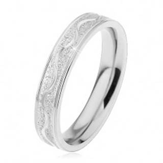 Oceľový prsteň striebornej farby, pieskovaný pás s lesklou vlnkou, 4 mm - Veľkosť: 49 mm