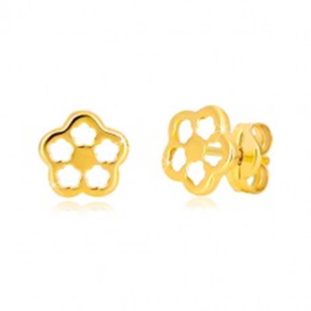 Šperky eshop Náušnice v žltom zlate 585 - kontúra kvetu s vyrezávanými lupeňmi, puzetky