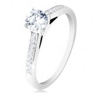 Strieborný prsteň 925, zásnubný, číre zirkónové ramená, okrúhly zirkón v kotlíku - Veľkosť: 48 mm