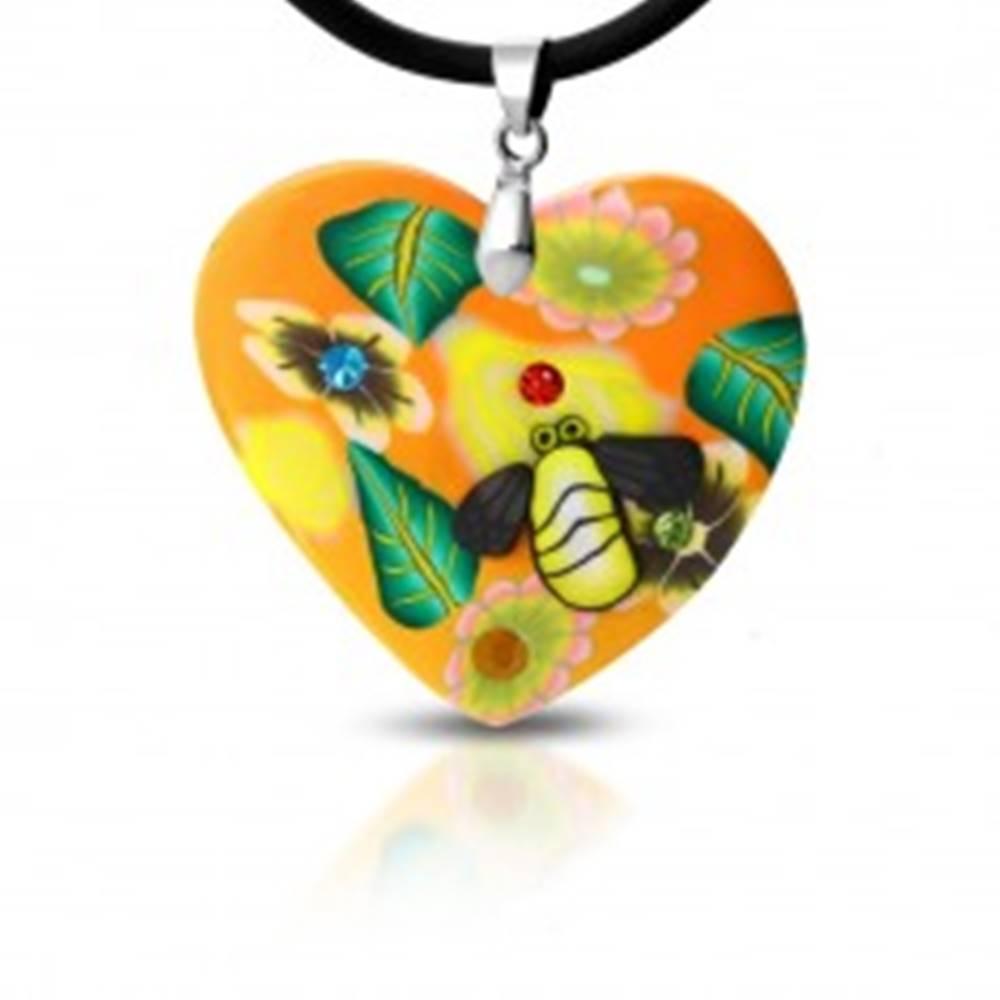 Šperky eshop Fimo náhrdelník - oranžové srdce s kvetmi a včelička