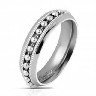 Lesklý oceľový prsteň striebornej farby, guličková retiazka, vrúbkované línie, 6 mm - Veľkosť: 49 mm