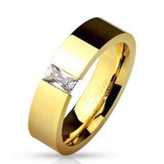 Lesklá oceľová obrúčka zlatej farby, vsadený obdĺžnikový číry zirkón, 6 mm - Veľkosť: 49 mm