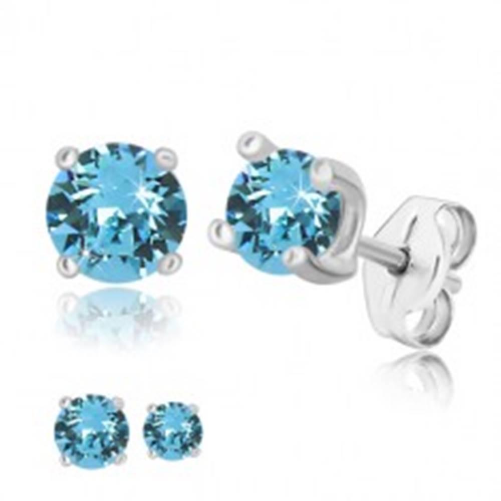 Šperky eshop Puzetové náušnice - okrúhly zirkón belasej farby, štvorcový kotlík, striebro 925 - Veľkosť zirkónu: 4 mm