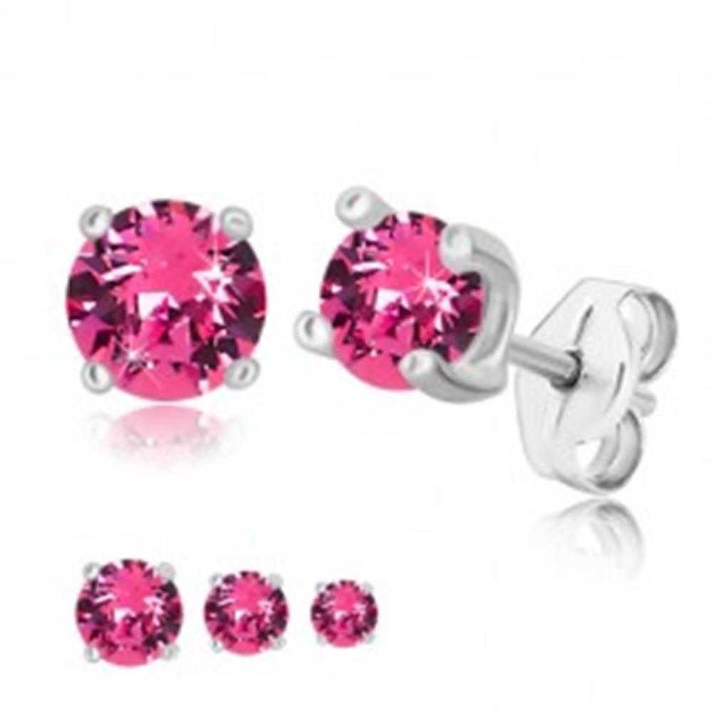 Šperky eshop Strieborné náušnice 925 - okrúhly zirkón ružovej farby vo štvorcovom kotlíku - Veľkosť zirkónu: 4 mm