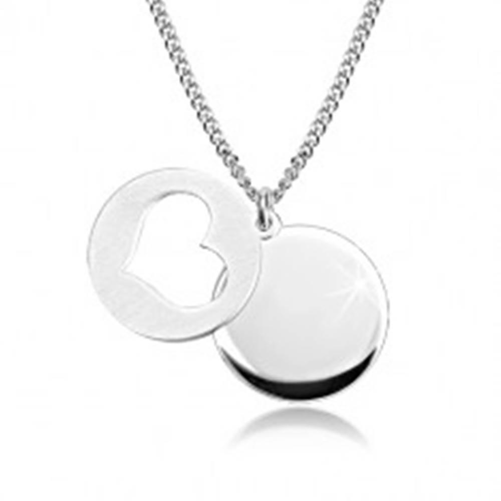 Šperky eshop Strieborný 925 náhrdelník - lesklý kruh, matný kruh so srdiečkovým výrezom