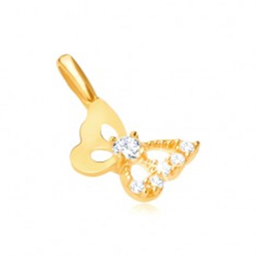 Šperky eshop Prívesok v žltom 9K zlate - vyrezávaný motýľ, zirkónové krídlo
