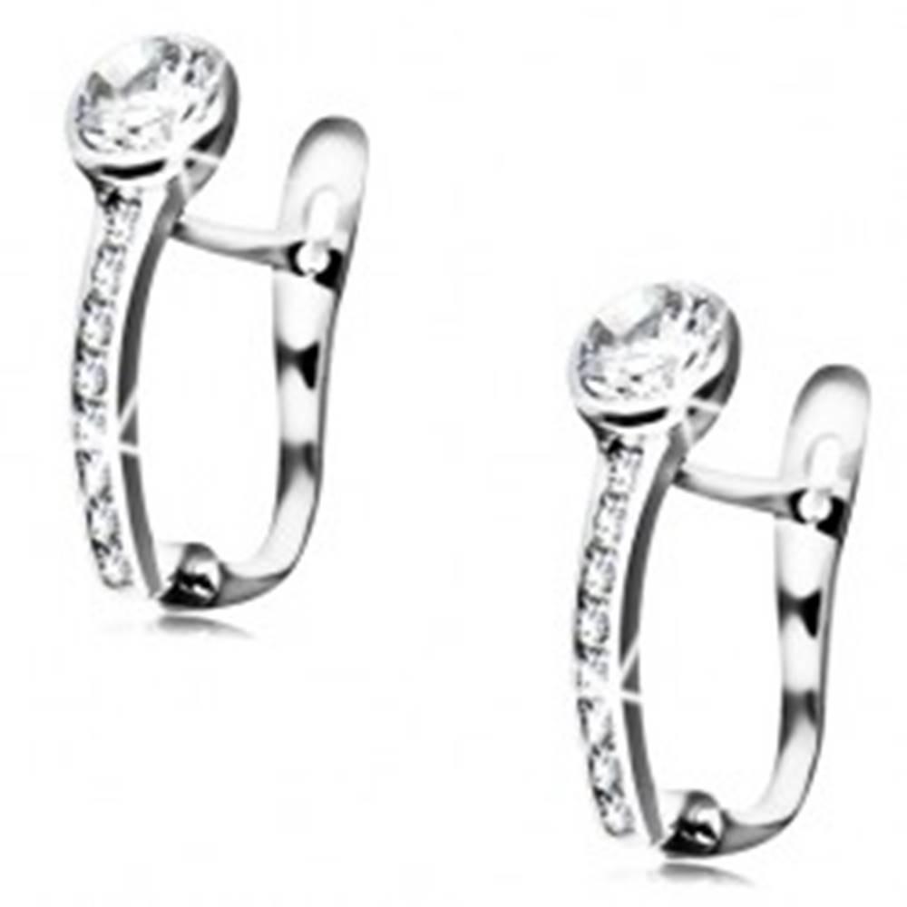 Šperky eshop Náušnice z bieleho 14K zlata - okrúhly číry zirkón, zvislá trblietavá línia