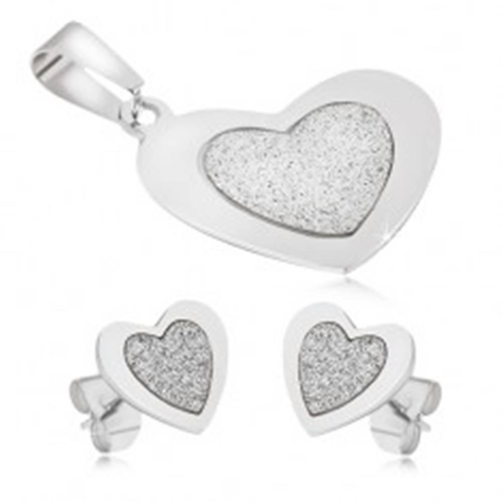 Šperky eshop Oceľový set - prívesok a náušnice, súmerné srdcia, pieskovaný stred