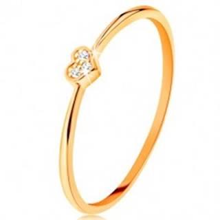 Prsteň zo žltého 9K zlata - srdiečko zdobené okrúhlymi čírymi zirkónmi - Veľkosť: 49 mm