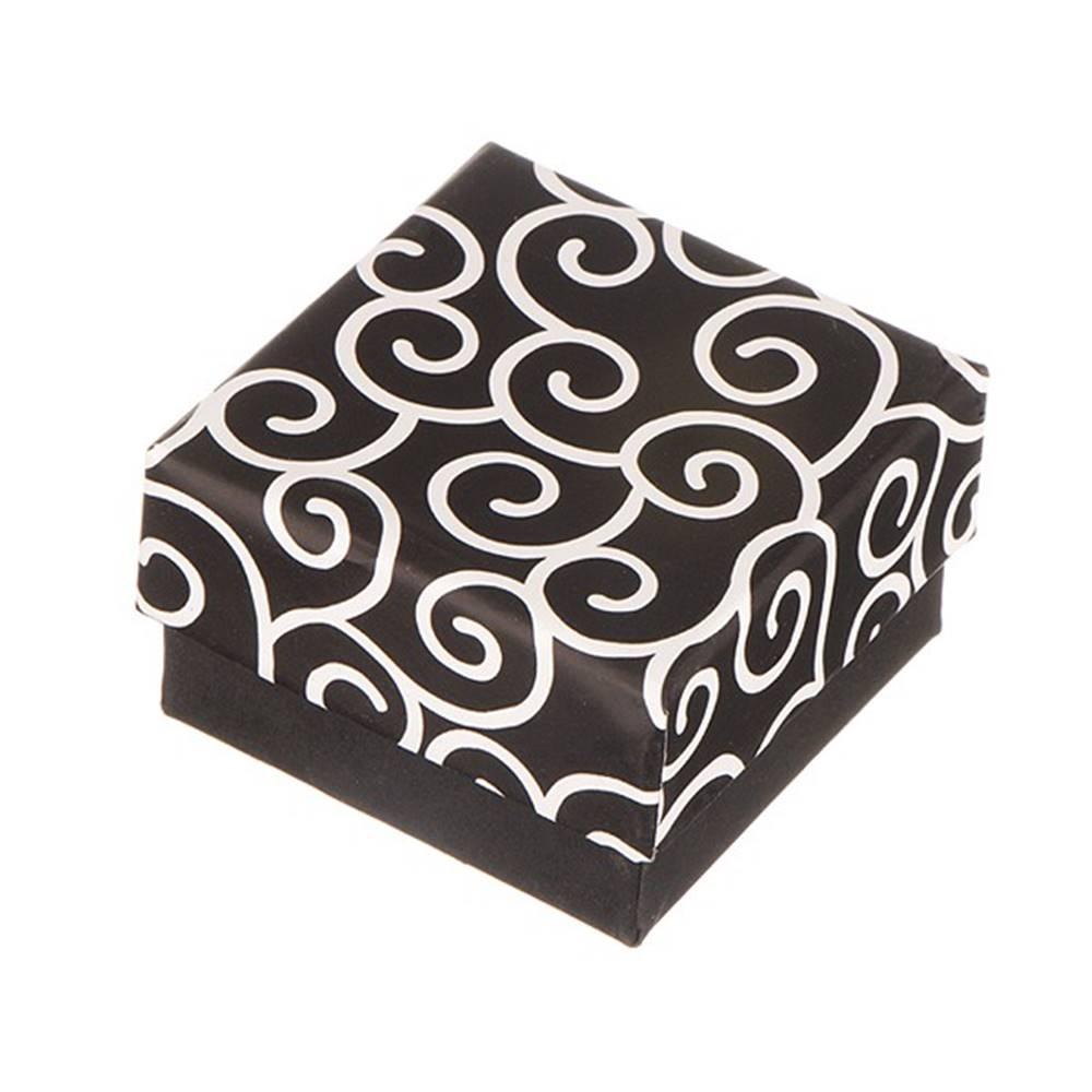 Šperky eshop Krabička na náušnice - čierna s točeným motívom
