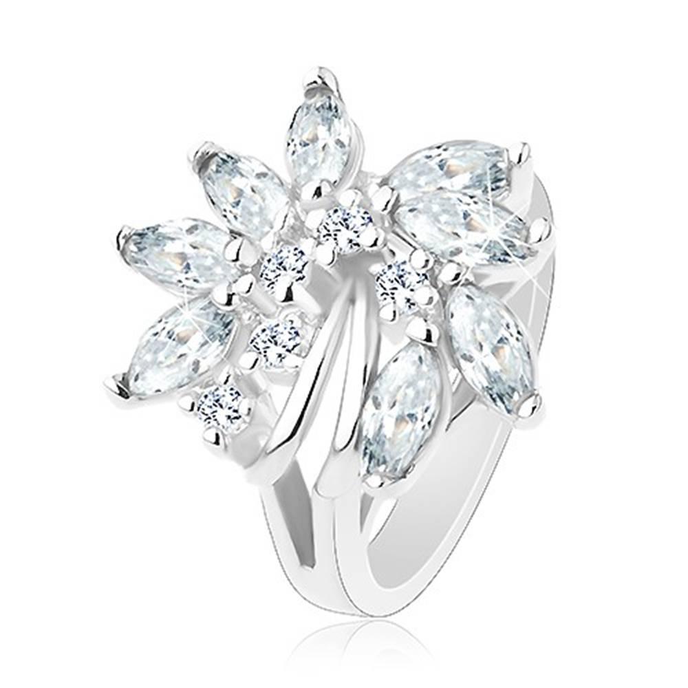 Šperky eshop Ligotavý prsteň, strieborný odtieň, nesúmerný kvet zo zirkónov, lesklé oblúčiky - Veľkosť: 48 mm, Farba: Zelenožltá