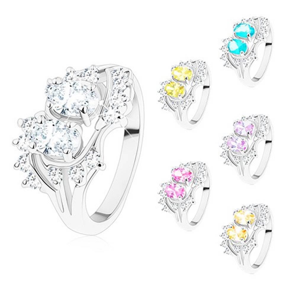 Šperky eshop Prsteň striebornej farby, zahnuté konce ramien, ligotavé číre a farebné zirkóny - Veľkosť: 48 mm, Farba: Svetlozelená