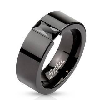 Prsteň z ocele v čiernej farbe - ligotavý čierny zirkón, 8 mm - Veľkosť: 60 mm