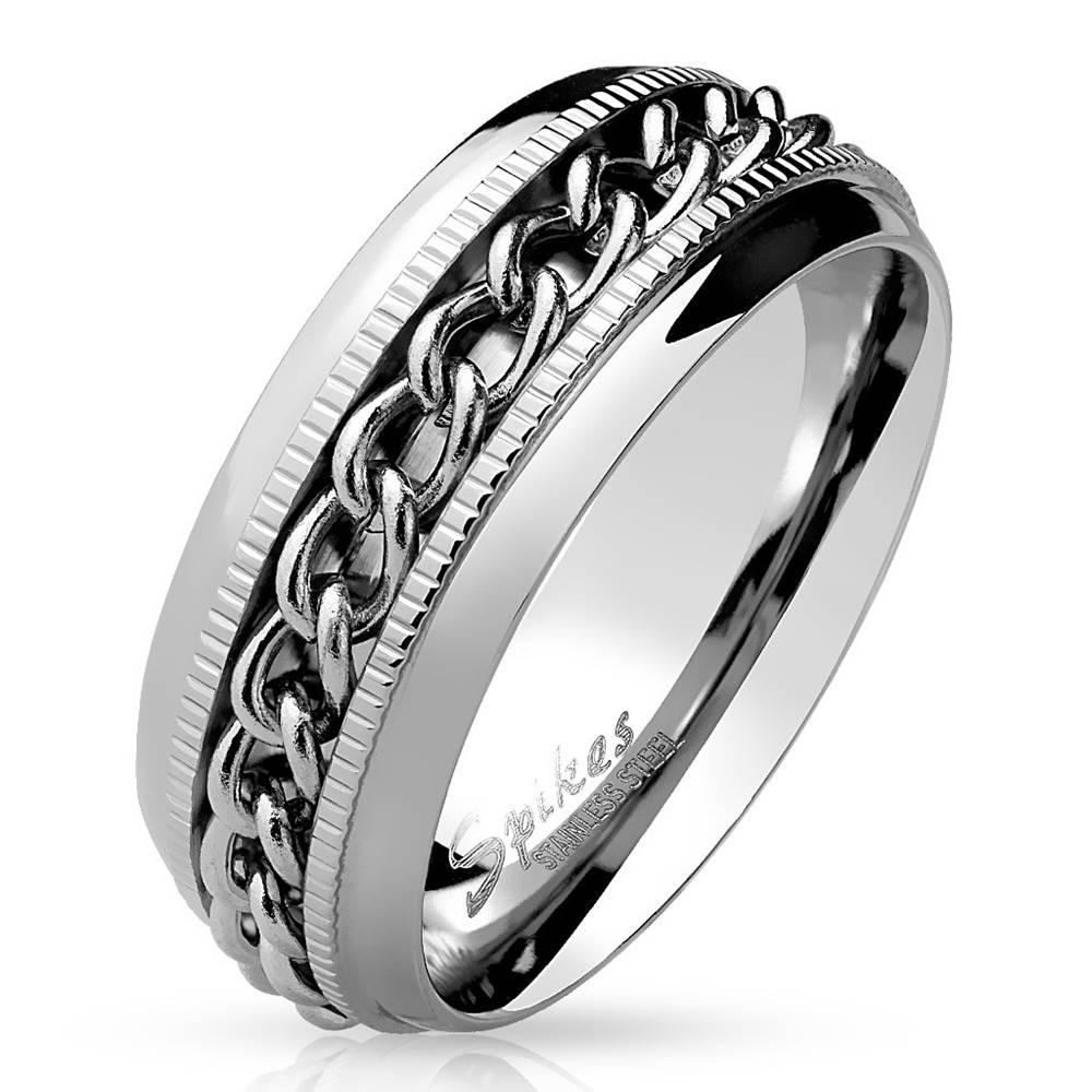 Šperky eshop Oceľová obrúčka v striebornej farbe - lesklé prepletené články, drobné zárezy, 8 mm - Veľkosť: 54 mm